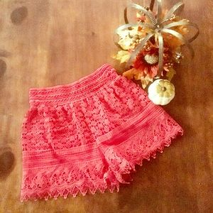 🌸Lace Embroider Shorts🌸